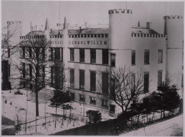 032096 - Onderwijs: Rijks H.B.S Willem II aan het Stadhuisplein