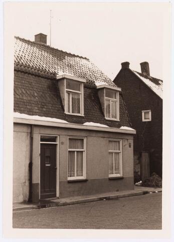 034474 - Lijnsheike 191; thans heet dit deel van de straat Von Weberstraat. De meeste huizen aan het Lijnsheike zijn inmiddels gesloopt.