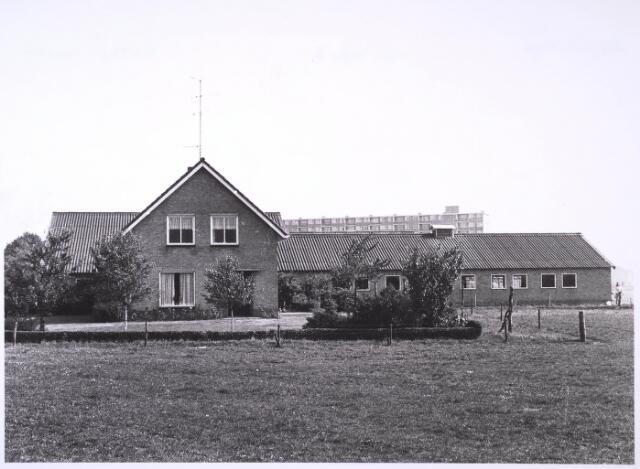 024781 - Boerderij aan de Kraaivenstraat in 1971