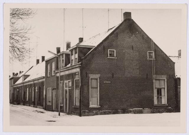 014426 - Rijtjeshuizen in de Atelierstraat, gezien vanuit de Besterdring