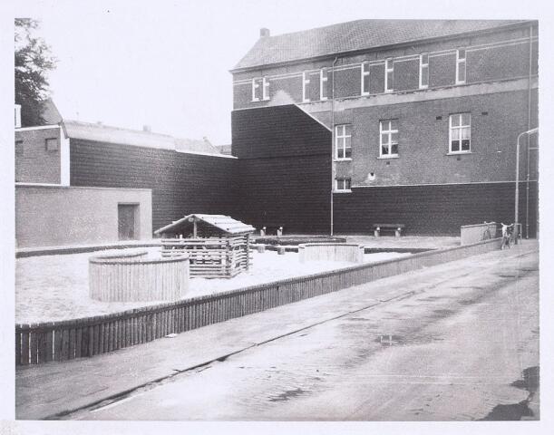 014346 - Speelterrein op de voormalige speelplaats van de Dionysiusschool in de Antoniusstraat