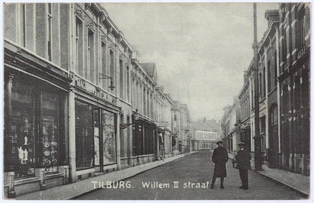 003031 - Willem II-straat, links magazijn 'de Duif' op de hoek van de Heuvelstraat.