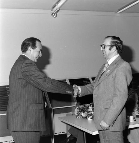 1237_012_988_004 - Viering van een jubileum van textiel firma Van Besouw b.v. bij restaurant Boschlust in Goirle in mei 1978.