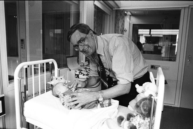 1237_010_762-2_002 - Dr Hol Elisabeth Ziekenhuis, Kinderafdeling