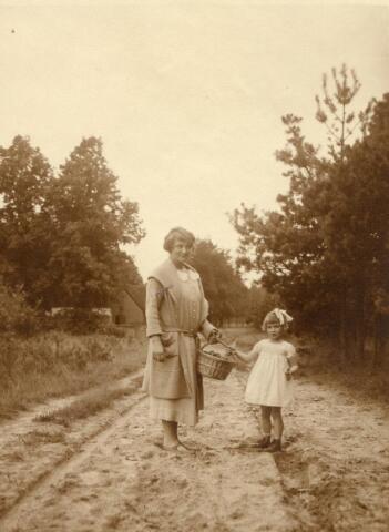 600721 - Kasteel Loon op Zand. Families Verheyen, Kolfschoten en Van Stratum