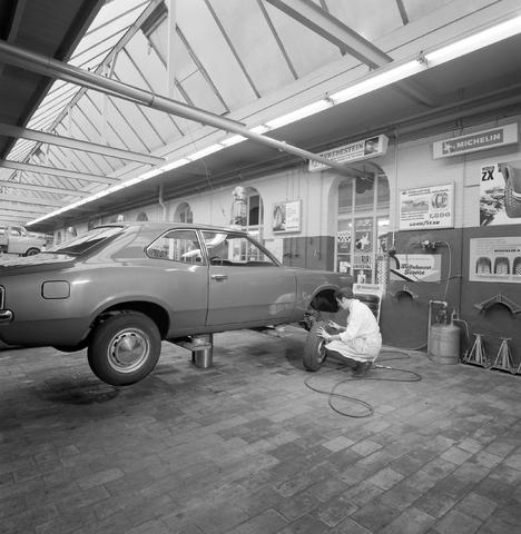 D-002250-1 - Garage Knegtel