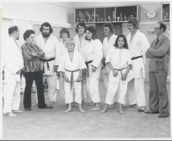 88807 - Judofamilie Verschuren uit Wagenberg. Rechts: vader Leen Verschuren en links moeder Tonnie.