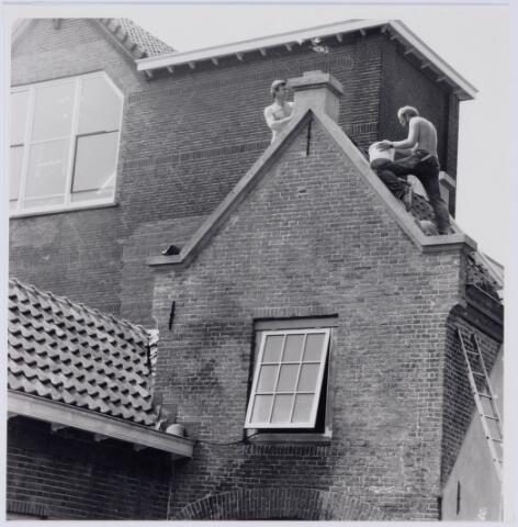 049233 - Norbertijnenpoort tijdens de restauratie. Norbertijnerpoort.