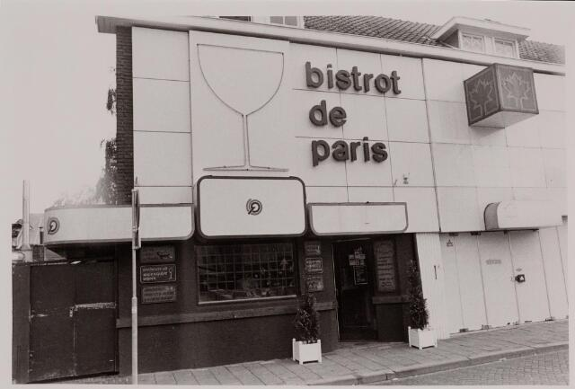 040563 - Café Bistrot De Paris, Emmastraat 2.