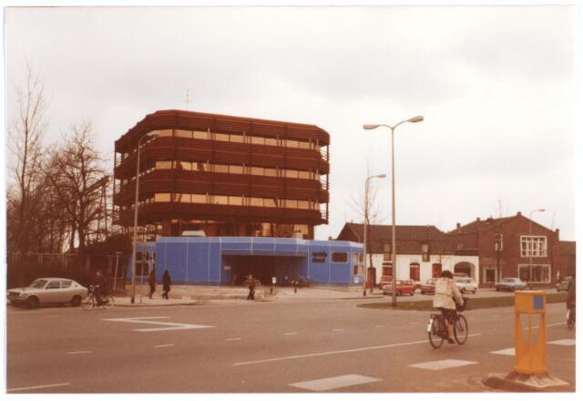 014962 - Sociale Dienst aan de Besterdring. Links de Atelierstraat.