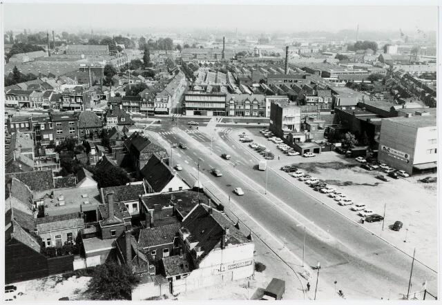 """036439 - Panorama van Tilburg vanaf de """" Katterug """"."""