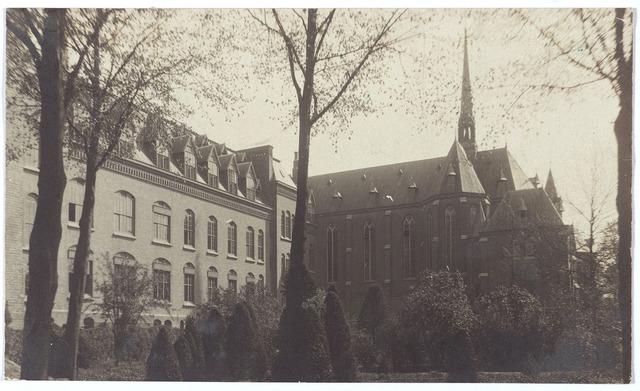 000162 - tuin van het missiehuis van de missionarissen van het H. Hart aan de Bredaseweg
