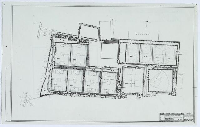 019697 - Kaart. Plattegrond van de uitbreiding van het sportpark aan de Goirlesweg, waarmee op 14 februari 1961 werd begonnen. Linksboven twee handbalvelden en rechts vier hockeyvelden. Linksonder vier voetbalvelden, twee korfbalvelden en uiterst rechts een honkbalveld. Baseball.