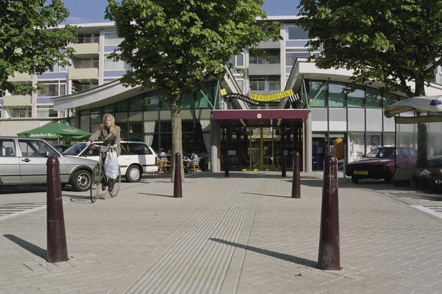 TLB023000752_001 - Ingang winkelcentrum Westermarkt, Wagnerplein.