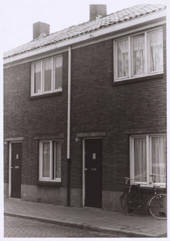 022651 - Pand Hoogtedwarsstraat 28 begin 1973