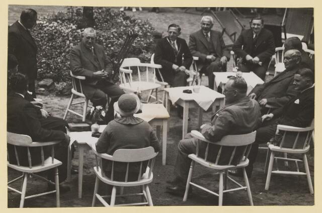 075537 - Ontvangst te Oisterwijk van burgemeester van Albury in 1935.