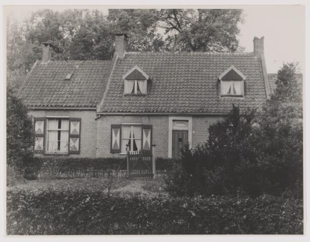 082256 - Woning op landgoed Altena