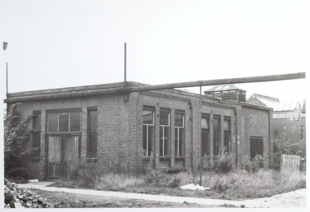 015289 - Chroomlederfabriek De Hinde aan de Bisschop Zwijsenstraat anno 1967