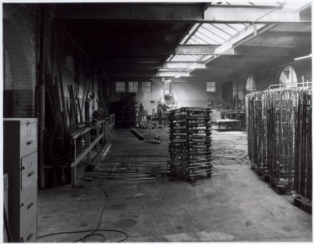 015141 - Werkplaats van een voormalige fabriek aan de Bisschop Zwijsenstraat