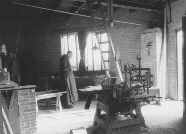 105277 - Monnikenleven Timmerwinkel van de Sint Paulusabdij. Kloosters