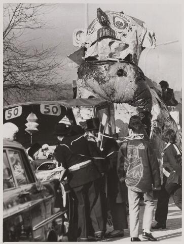 084740 - Carnaval. Deel van de optocht