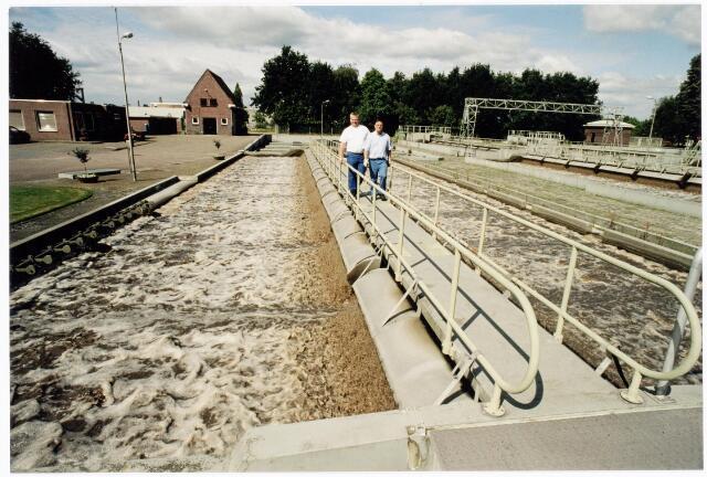 039871 - Waterzuiveringsstation Oost aan de Hoevense Kanaaldijk.
