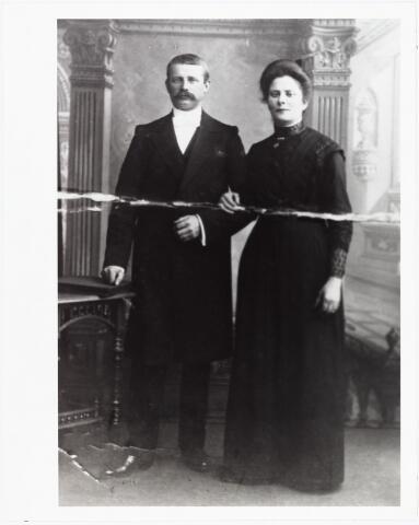 006576 - Johannes Laurentius van Beurden geboren Tilburg 10 november 1875, overleden Weert 1932 en Joanna Petronilla Julia van de Biggelaar geboren Tilburg 9 april 1885 gehuwd op 14 oktober 1913