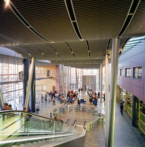 D-000917-1 - Interieur lobby Interpolis