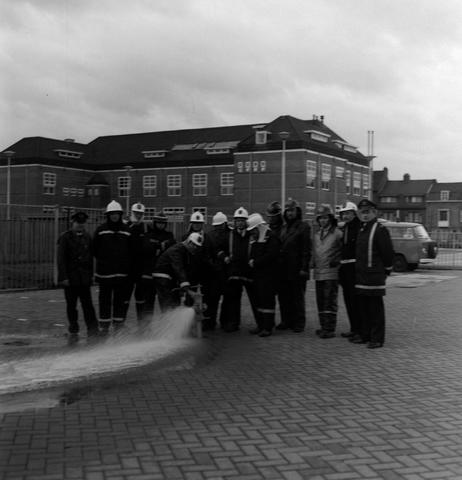 1237_010_712_002 - Personeel brandweer,  Noordhoekring.