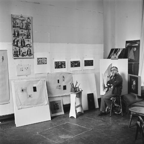 072584 - Kunstenaar Luc van Hoek (Tilburg 1910 - Goirle 1991). Naamvariaties: Lucasvan Hoek, Luuk van Hoek, Lucianus van Hoek.