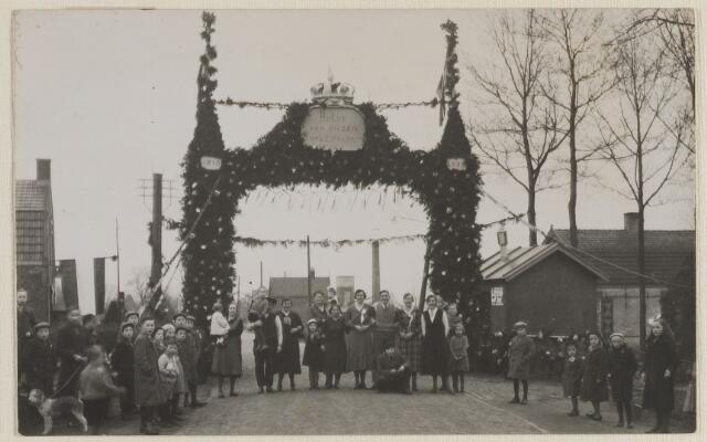 058779 - Op 15 Januari 1935 vierde burgemeester Dingeman Smits zijn 25-jarig jubileum als burgemeester.
