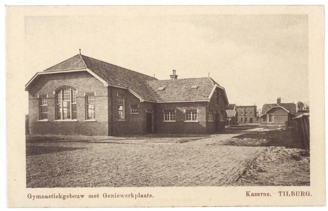 000223 - Gymnastiekgebouw en geniewerkplaats van de Generaal Kromhoutkazerne aan de Bredaseweg.