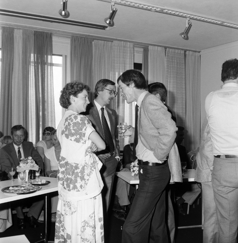 1237_012_986_008 - Viering van een jubileum van textiel firma Van Besouw bij restaurant Boschlust in Goirle in juni 1980.