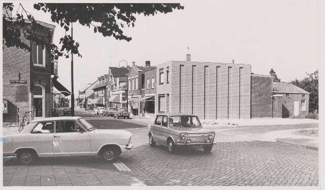 082456 - Gilze, Kruising Lange-Wagenstraat / Nieustraat