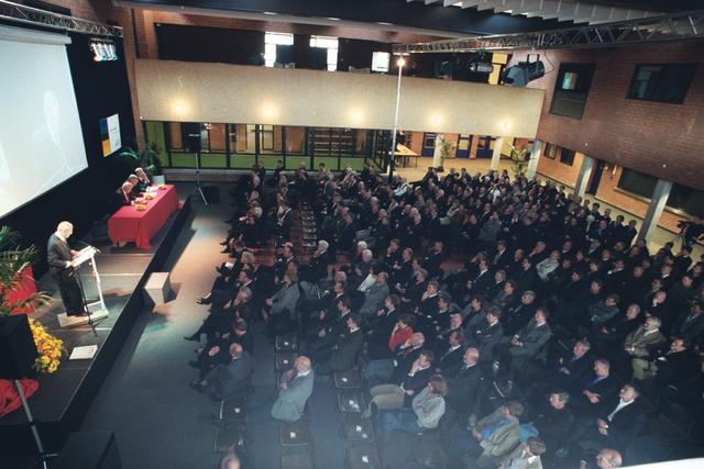 1237_003_297_014 - School. De Rooi Pannen. Opening nieuwe locatie 2002
