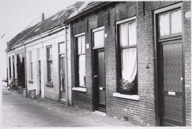 024957 - Panden Laagstraat 10, 12, 14, 16 en 18 (van links naar rechts)