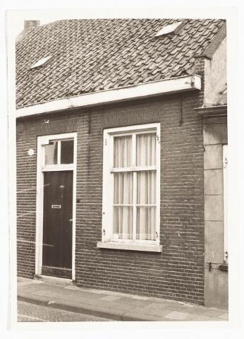 028064 - woonhuis aan de Veldstraat 26, thans Pastoor van Beurdenstraat