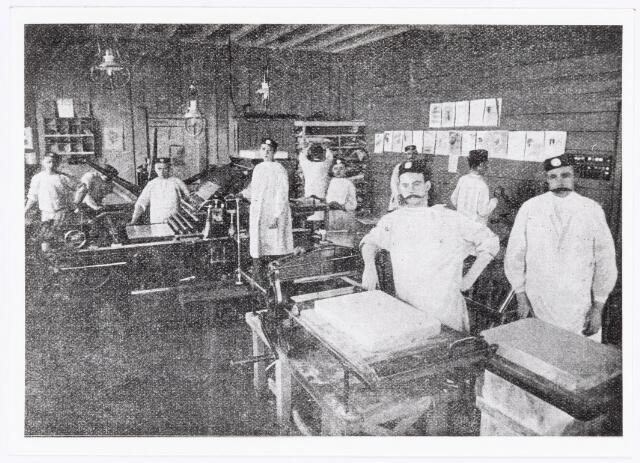 038341 - Interieur van de M.J.H. Kessels, Koninklijke Nederlandsche Fabriek van Muziekinstrumenten, muziekdrukkerij