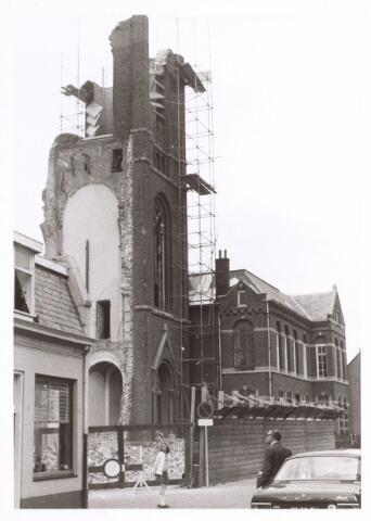 017073 - Sloop van de kerk van de parochie St.-Anna in 1973