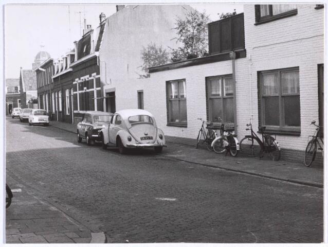 022739 - Hooistraat gezien vanuit de Paterstraat in de richting van de Klaverstraat