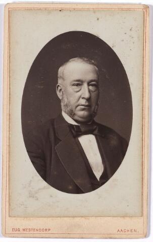 005246 - Ignatius Henricus Mutsaers, geboren te Tilburg op 20 oktober 1823 en aldaar overleden op 14 juli 1882 als zoon van Bernardus Mutsaers en Johanna Maria van Dooren. Hij huwde op 10 mei 1852 te Tilburg met Cornelia Arnolda (Kootje) van Spaendonck. I.H. Mutsaers was wollenstoffenfabrikant