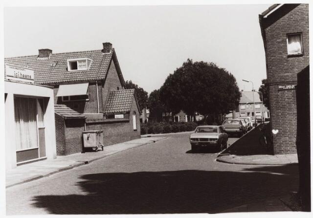 035417 - Bedrijfspand van Haans aan de IJskelderstraat