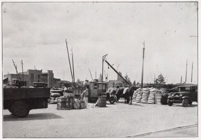 028488 - Pamflet. Piushaven met los- en laadplaats in 1924