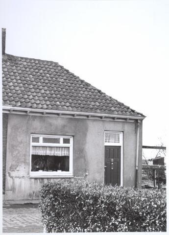 026675 - Lijnsestraat 7. Woning bestemd voor afbraak in verband met uitbreidingsplan Tilburg-Noord