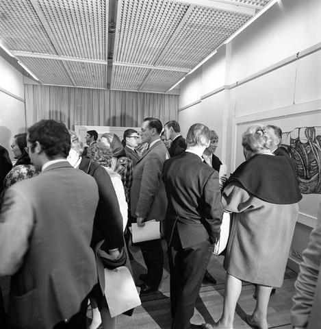 D-001181-2 - Opening tentoonstelling Marjan Taminiau (Brabantse Kunst Stichting)