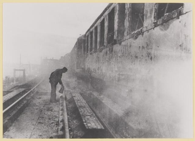 077420 - Tweede wereldoorlog 1940-1945. Sabotage aan de trein. Herkomst: 863, collectie gemeente Oisterwijk