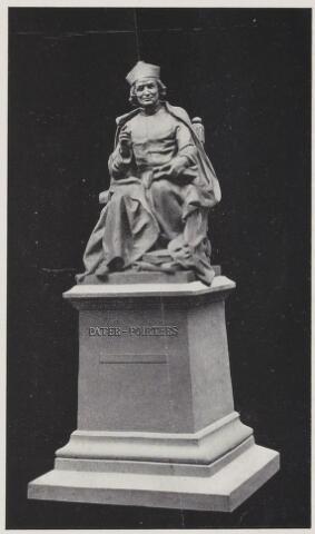 075466 - Onthulling standbeeld Pater Poirters (1926).  Onthulling door Jonkheer Van Sasse van IJsselt op 19 september 1926.