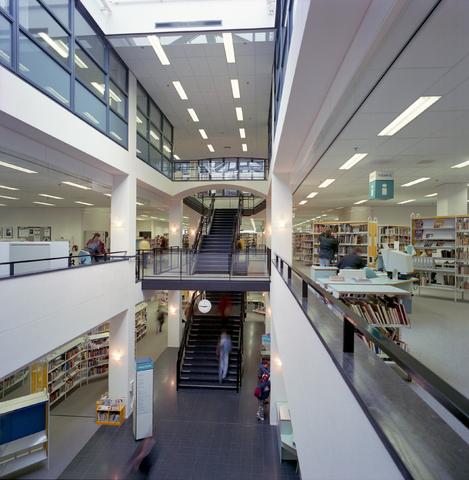 D-00586 - Gemeente Tilburg - Podia - Bibliotheek