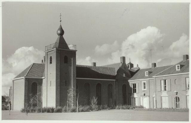 030421 - Verzorgingstehuis St. Jozefzorg aan de Ringbaan-Zuid.