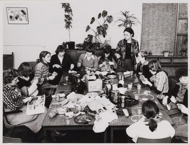 084942 - Werkgroep voor vrouwen